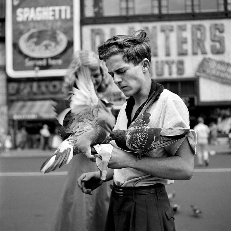 Vivian Maier:Pigeon Boy New York City, 1940s