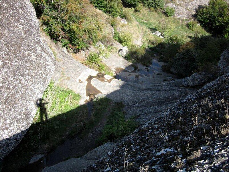 Водопад Джурла осенью