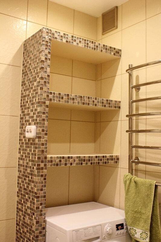 короб с полками в ванной из гипсокартона
