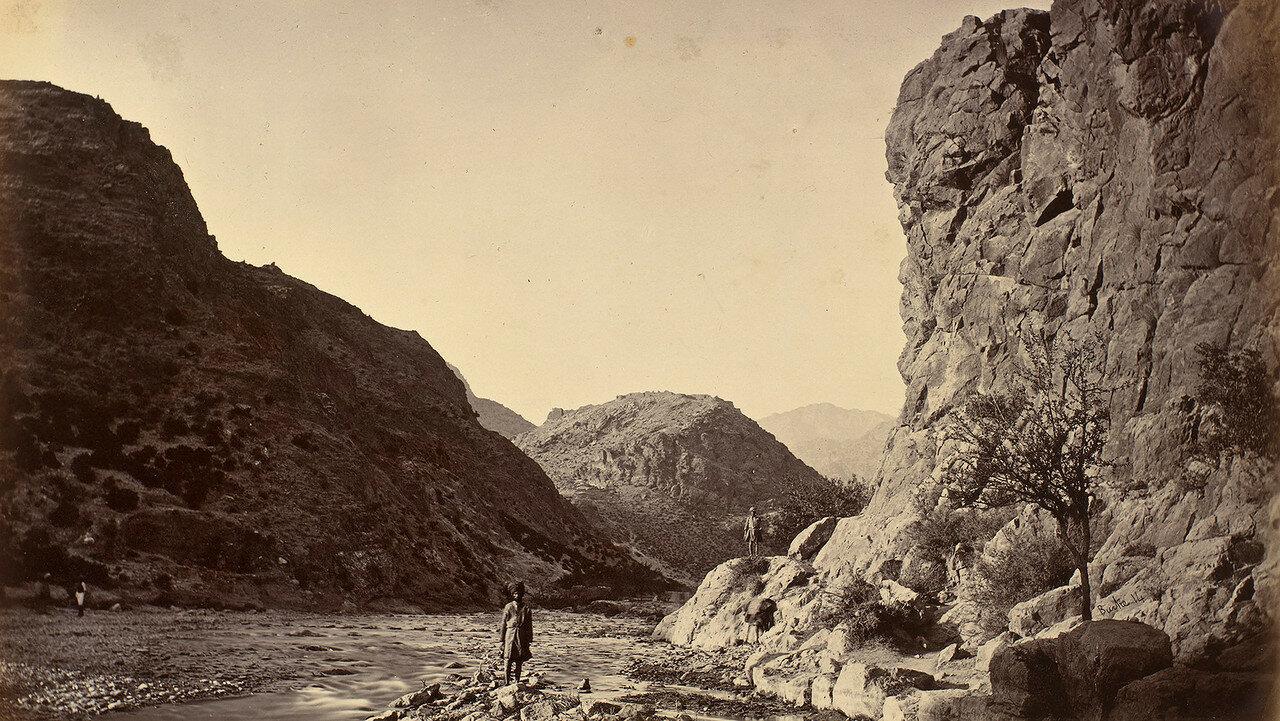20. Вид на крепость Али Масджид с реки
