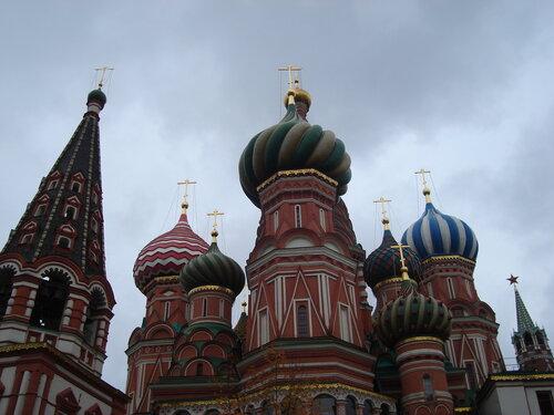 собор Покрова на Рву (более известный, как храм Василия Блаженного)