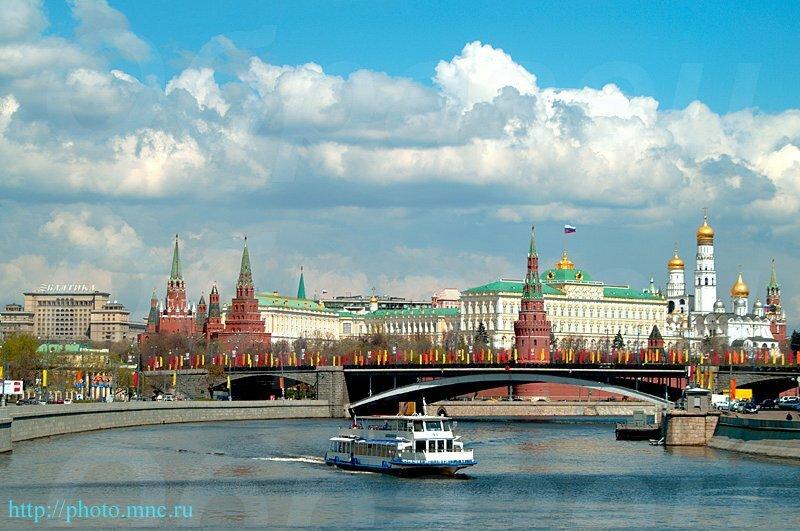 ТемыГостиница Москва, Москва-река, вид на Московский Кремль