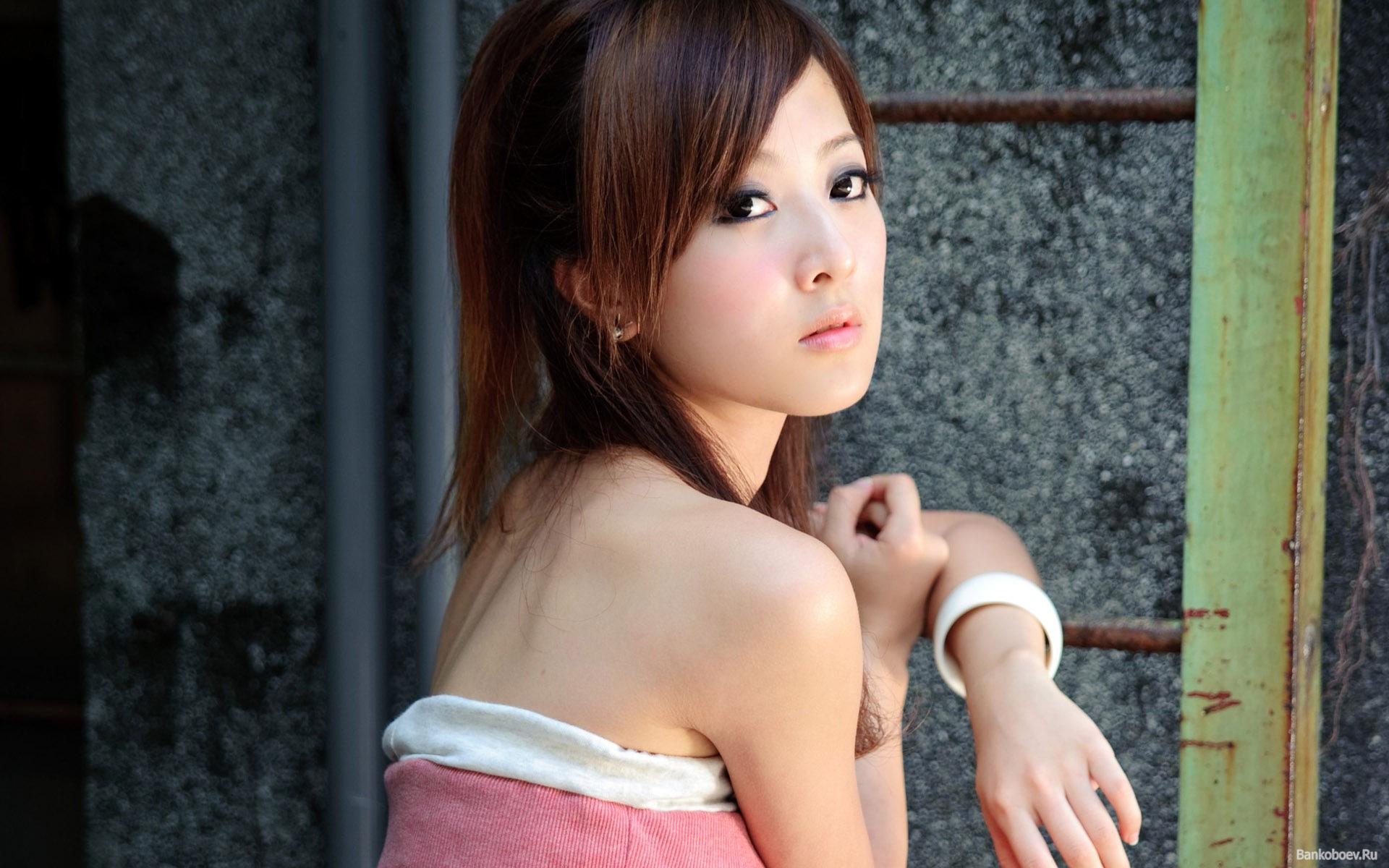 Японки молоденькие порно 2 фотография