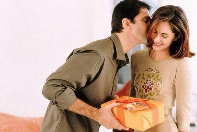 любовь и подарки