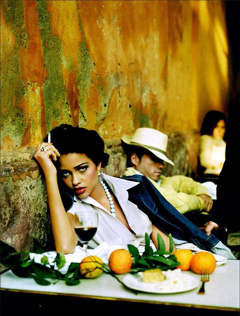 smoking Ana Beatriz Barros / Ана Беатрис Баррош с сигаретой