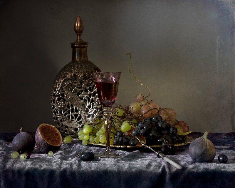 Натюрморт с виноградом и инжиром