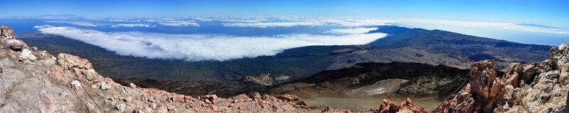 Вид с вершины вулкана Тейде 3718 м на запад, Тенерифе