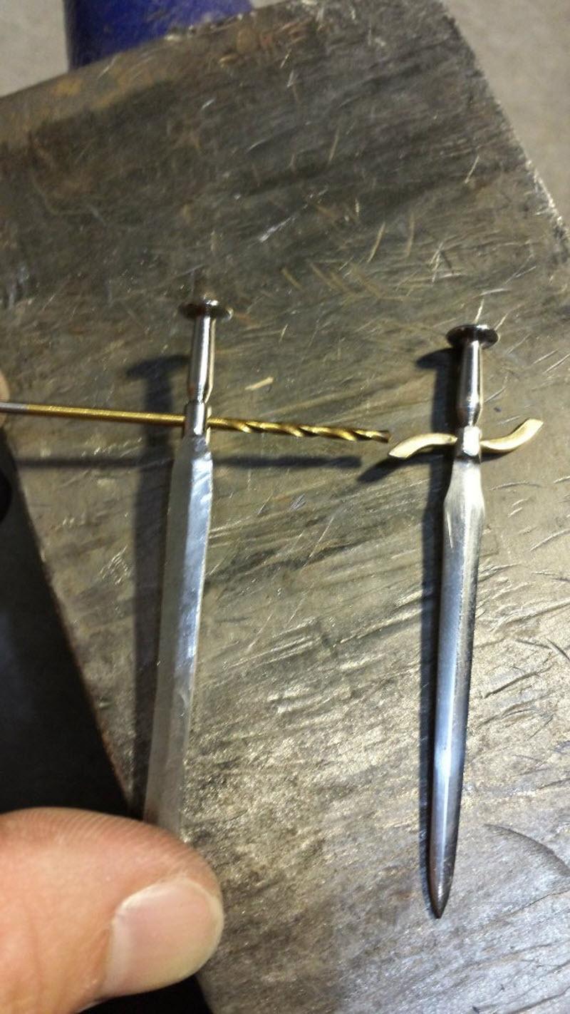 Как сделать нож мини меч