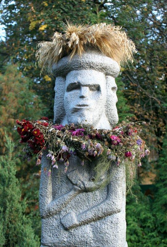 Збручский идол во Владимирском переулке