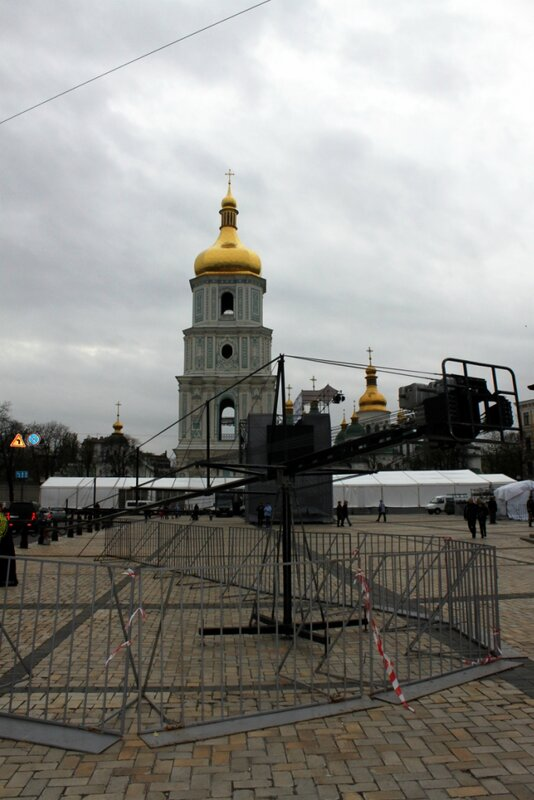 Телевизионное оборудование на Софиевской площади
