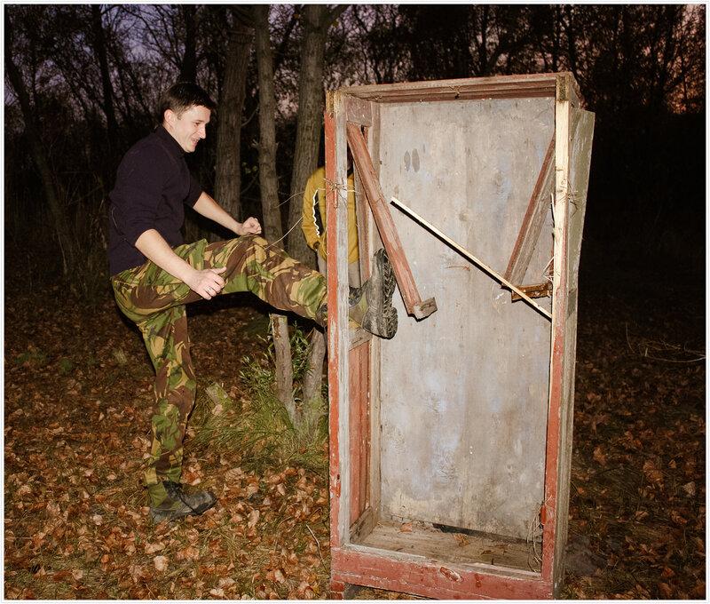 ... или может быть это гроб? Это шкаф :)