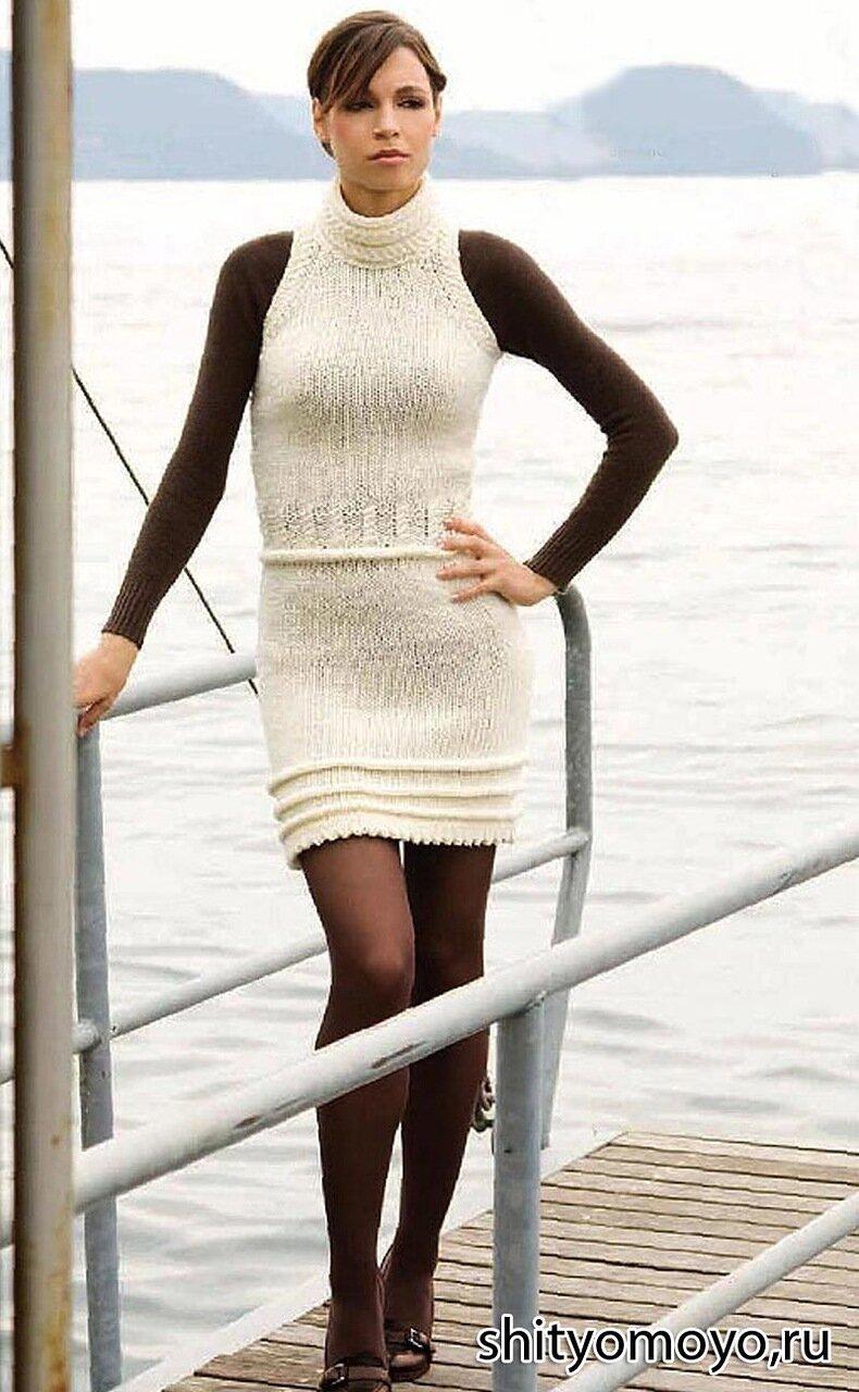 Женское мини платье связано спицами