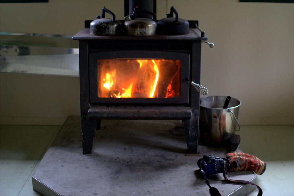 Печка своими руками с стеклянной дверью 2
