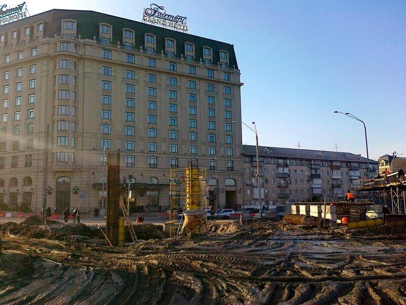 Строительные работы под Гранд Отелем