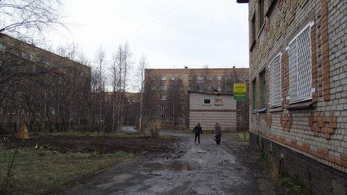 Фото города Инта №2038  Мира 29, 27 и Дзержинского 27 12.10.2012_13:16