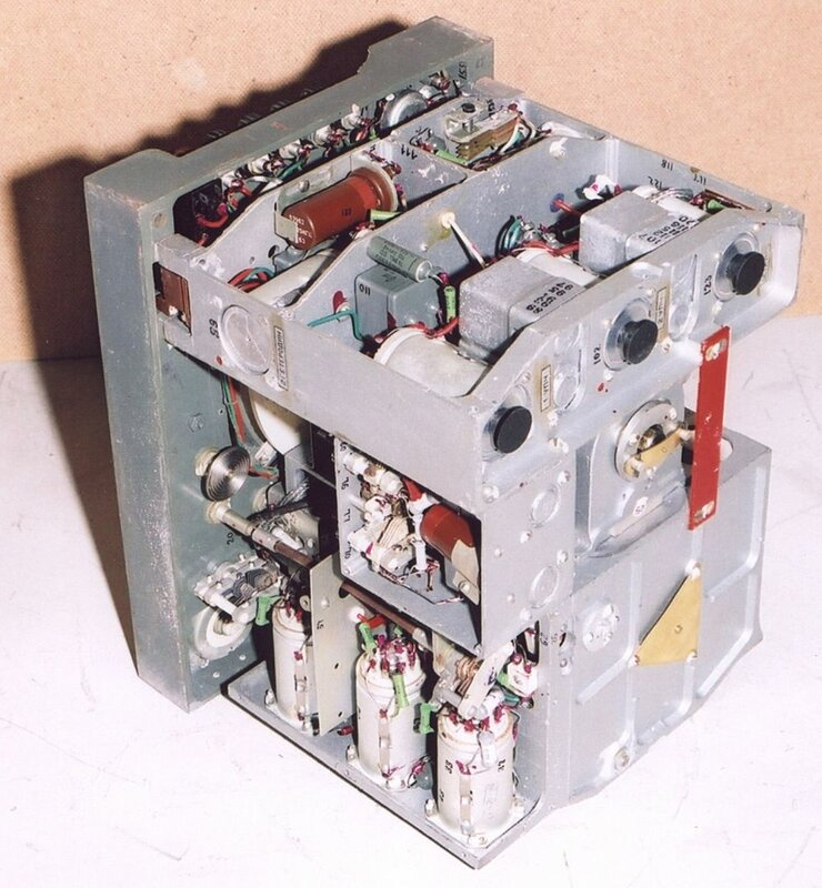 Приемник Р-311 изнутри.