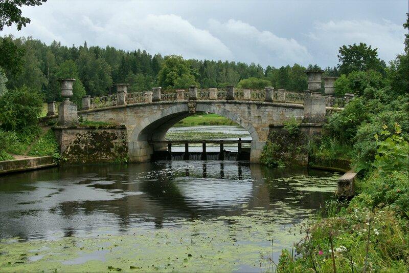 Павловский парк, Висконтиев мост