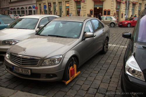 Блок за неправильную парковку