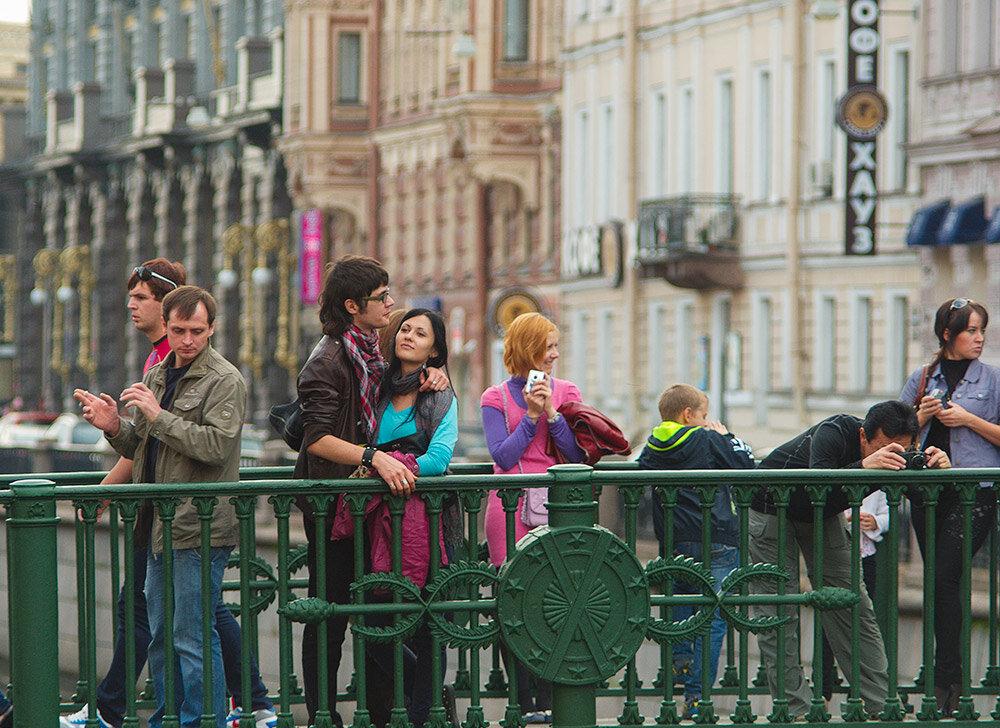 фотосессия на улицах питера днем рождения
