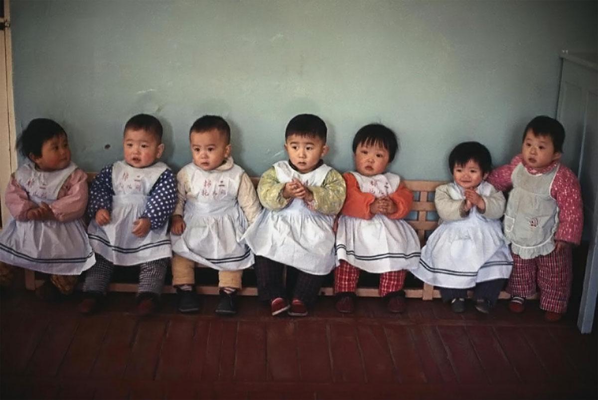 Ясли на хлопкопрядильной фабрике. 1979 Пекин, Китай.