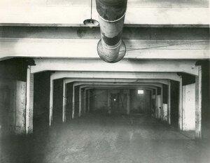 Образец железо-бетонных перекрытий подвального помещения - сооружение строительной конторы товарищества.