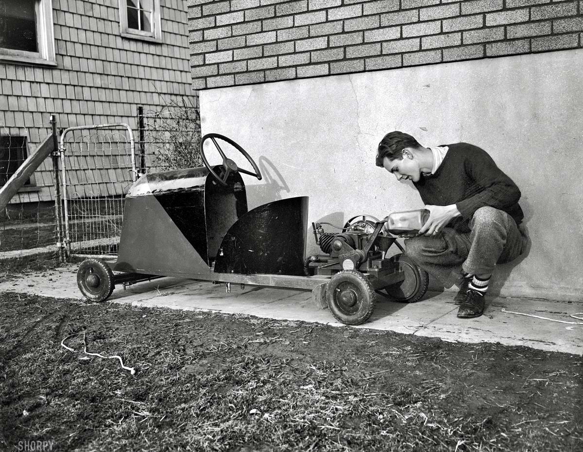 Самодельный автомобильчик 16-летнего Роберта Престона с двигателем от стиральной машины (Вашингтон, 1939 год)