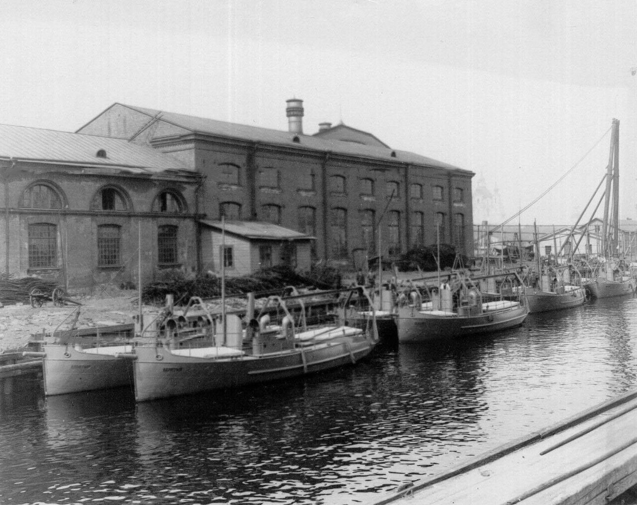 19. Суда, построенные на заводе. 1911