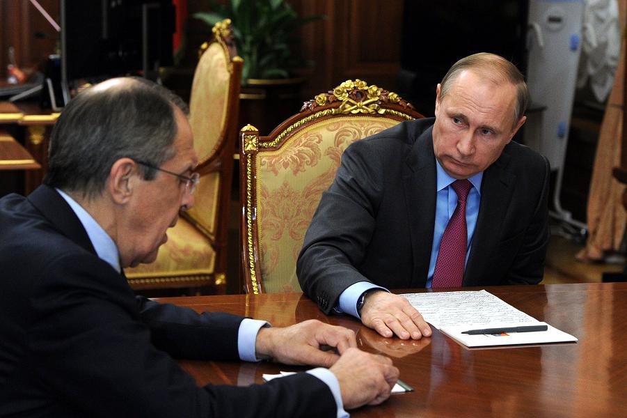Встреча Путина с Шойгу и Лавровым 14.03.16, Лавров.png