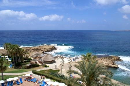 Отдых на Кипре за семь тысяч