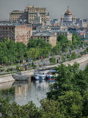 Москва майская