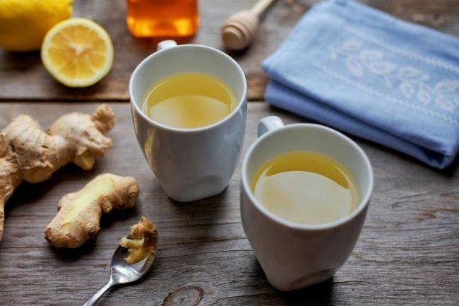 Чай изимбиря обладает, вотличие откофе, длительным стимулирующим эффектом. Запах имбиря способен