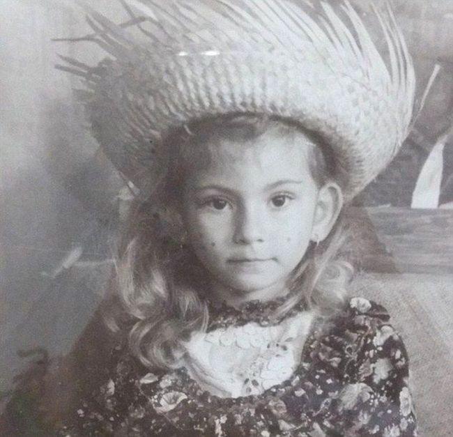 Бразильянка с кукольной внешностью