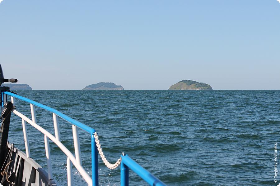 острова в Чивыркуйском заливе, Байкал