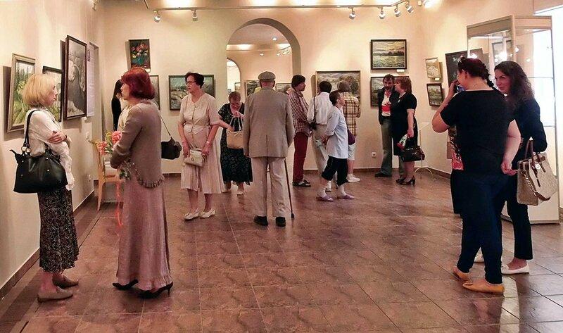 Выставка художника Шульги в Десятинном монастыре (11).jpg