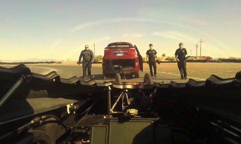 Автомобиль разогнали до 500 км/ч за 3,7 секунды
