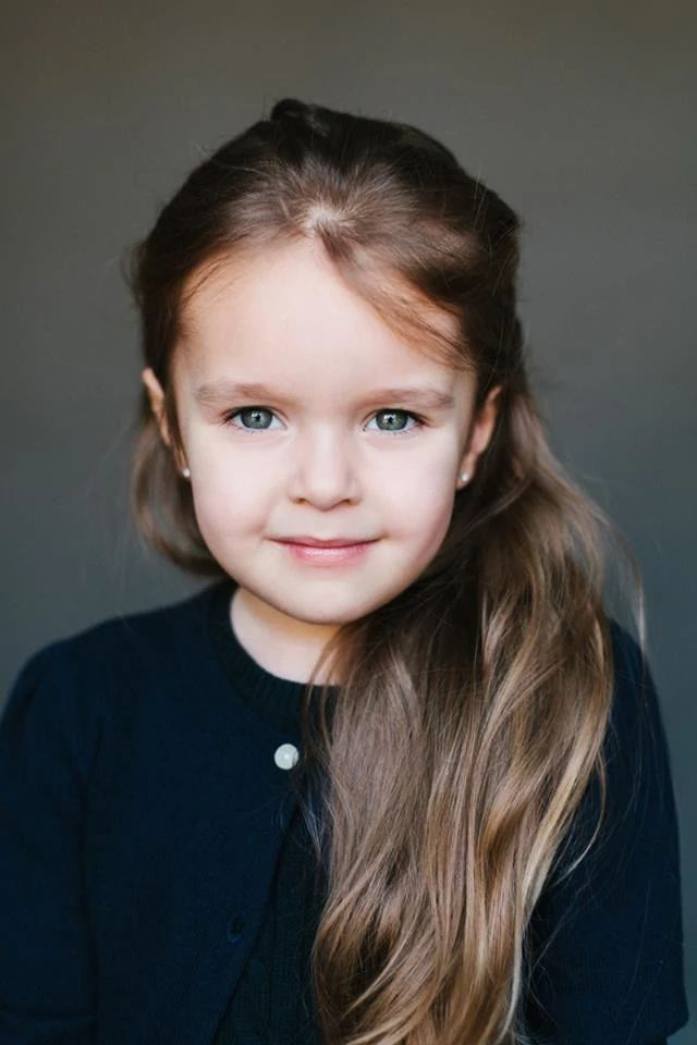 Майя, 5 лет. Папа — русский, мама — армянка.