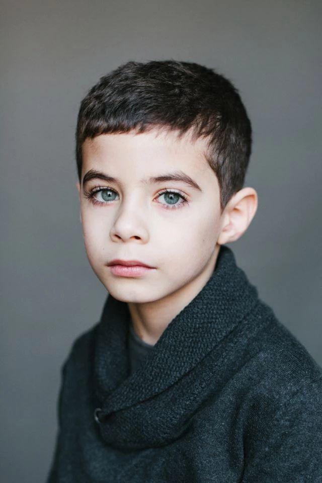 Тимур, 7 лет. Папа — азербайджанец, мама — русская.