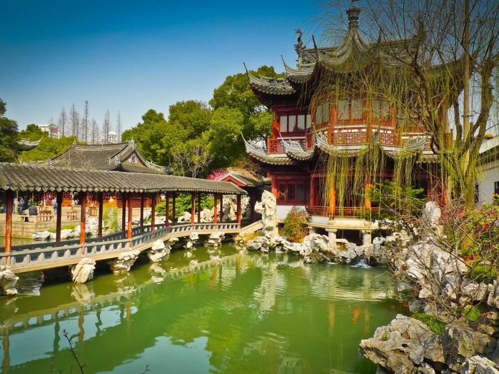 Первый владелец сада Юй-Юань вШанхае— Пань Юньдуань, бывший казначеем провинции вэпоху Мин, решил