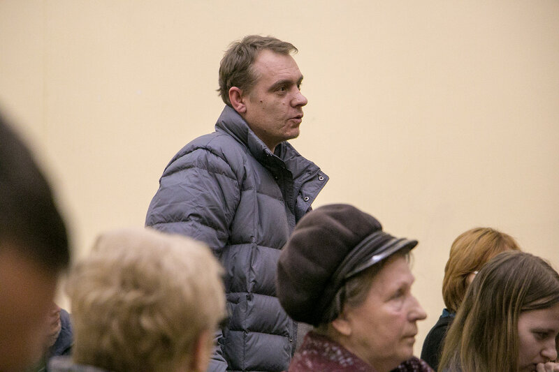 Михаил Сапунов встретился с жителями Павшинской поймы