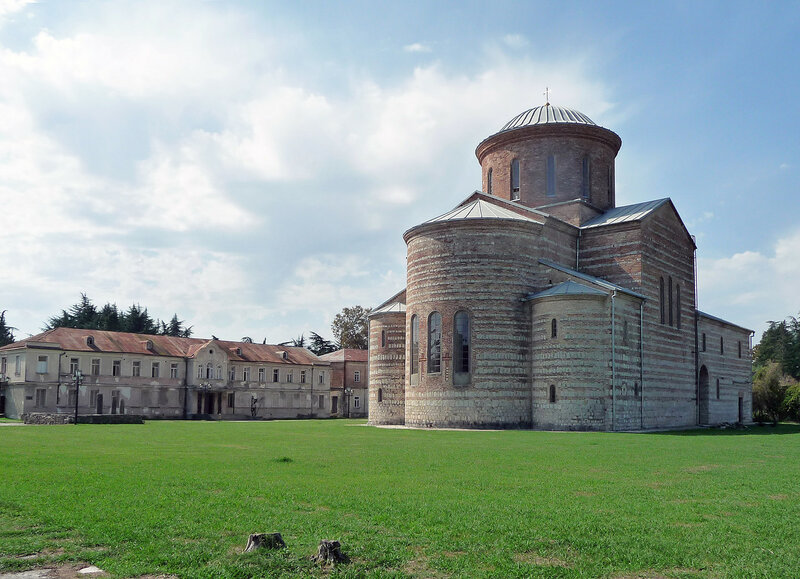 Пицундский собор и музей истории Пицунды