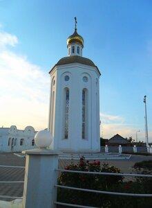 Стройность храма в свете вечернем ... SAM_3469.JPG