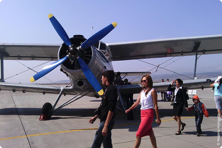 самолет Ан-2 авиакомпании ПАНХ, кукурузник, аннушка