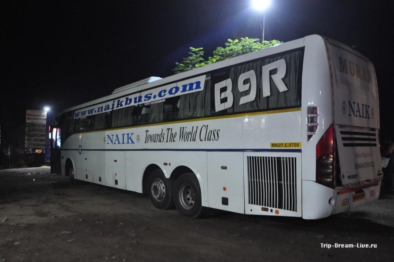 Индийский междугородный автобус