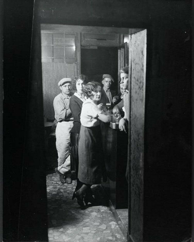 1932. Притон «Бастилия», Париж
