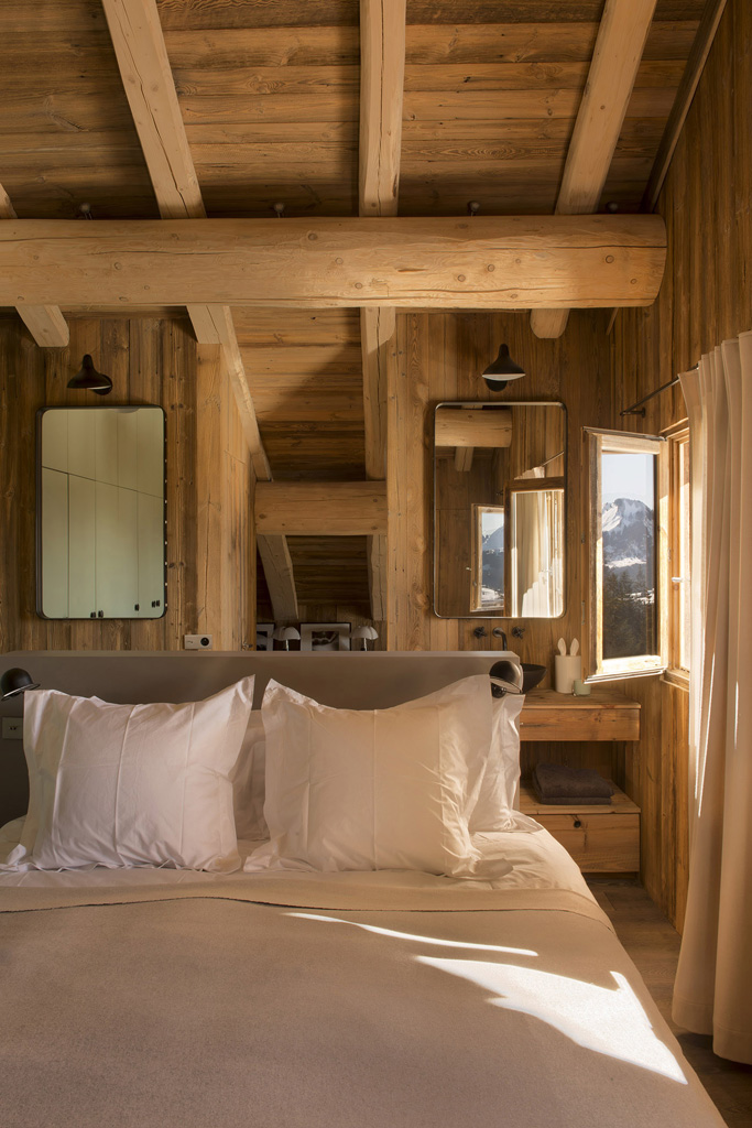a-rustic-chic-home-in-the-french-alps-8.jpg
