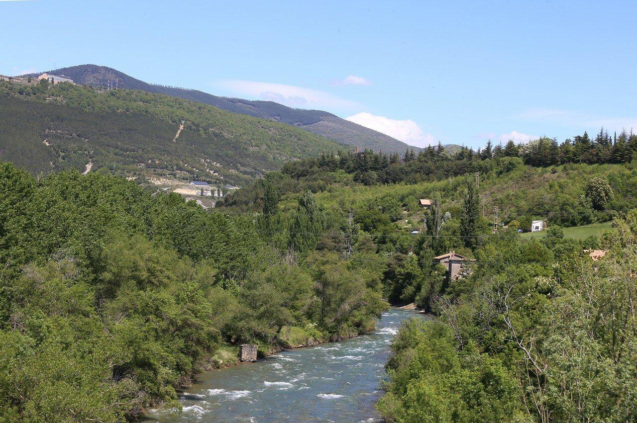 Хака. Прогулка к мосту Святого Михаила (Puente San Miguel)