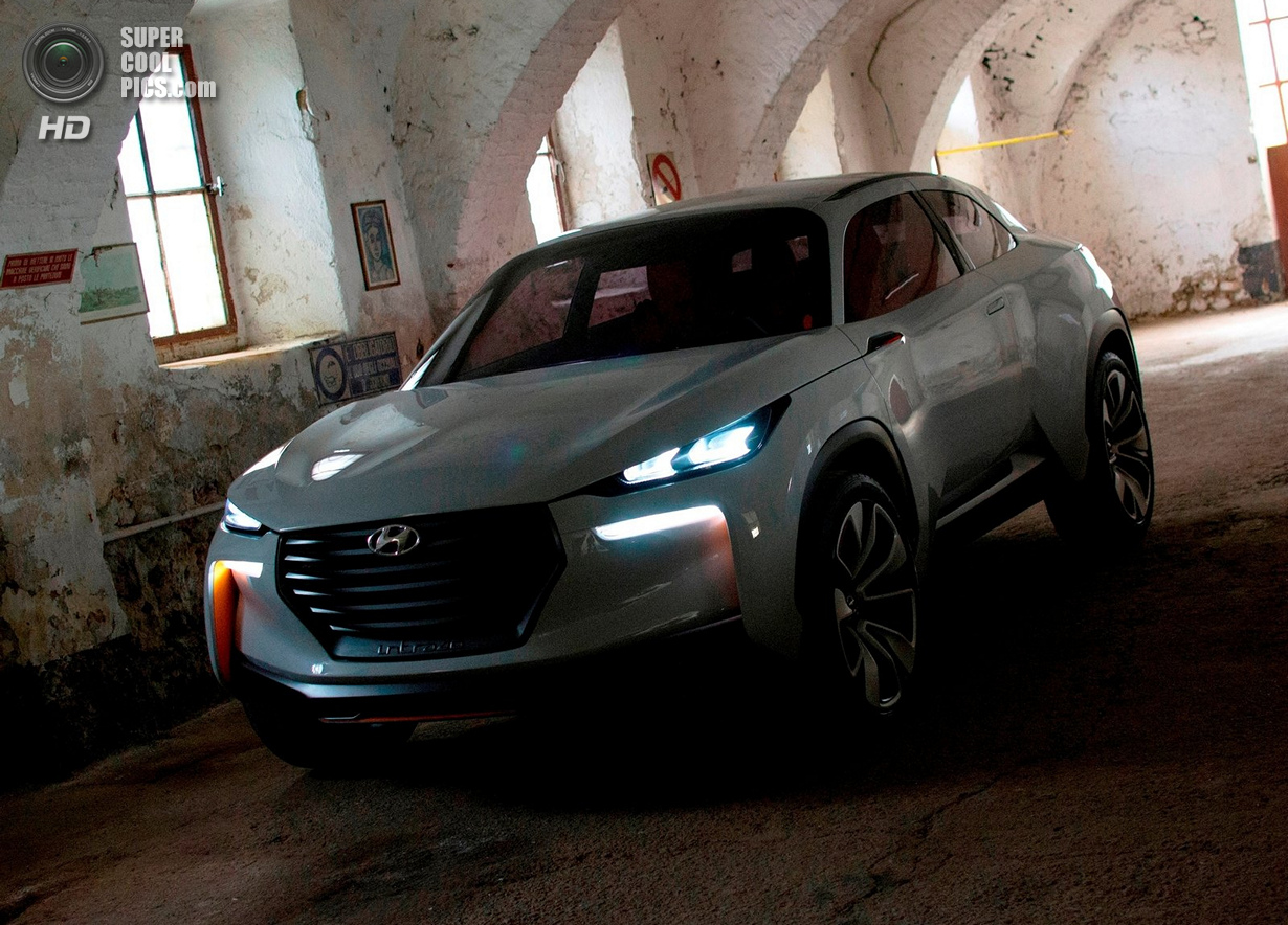 Hyundai оттачивает новые технологии на концепт-каре Intrado (5 фото)