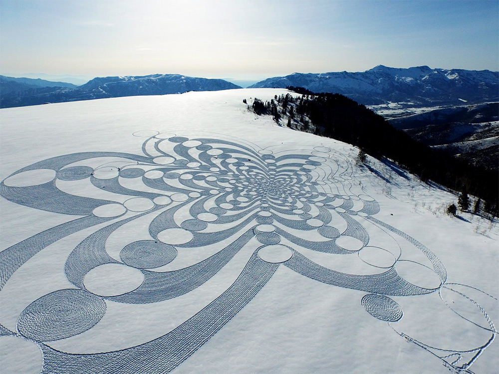 Expansive New Geometric Drawings Trampled in Snow and Sand by Simon Beck