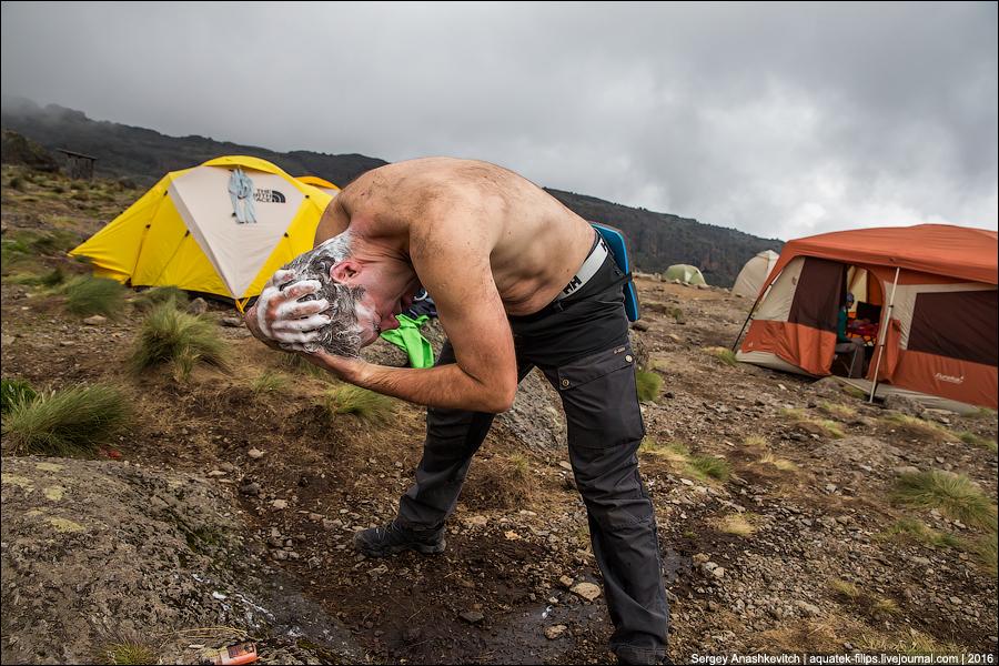 Быт во время восхождения Килиманджаро