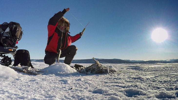 Как рыбачат на Колыме (20 фото)